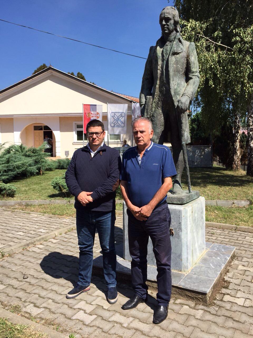 Predstavnici Srpske lige na sastanku sa liderom kosovskih Srba (1)